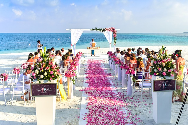 How to Plan the Ultimate Beach Wedding